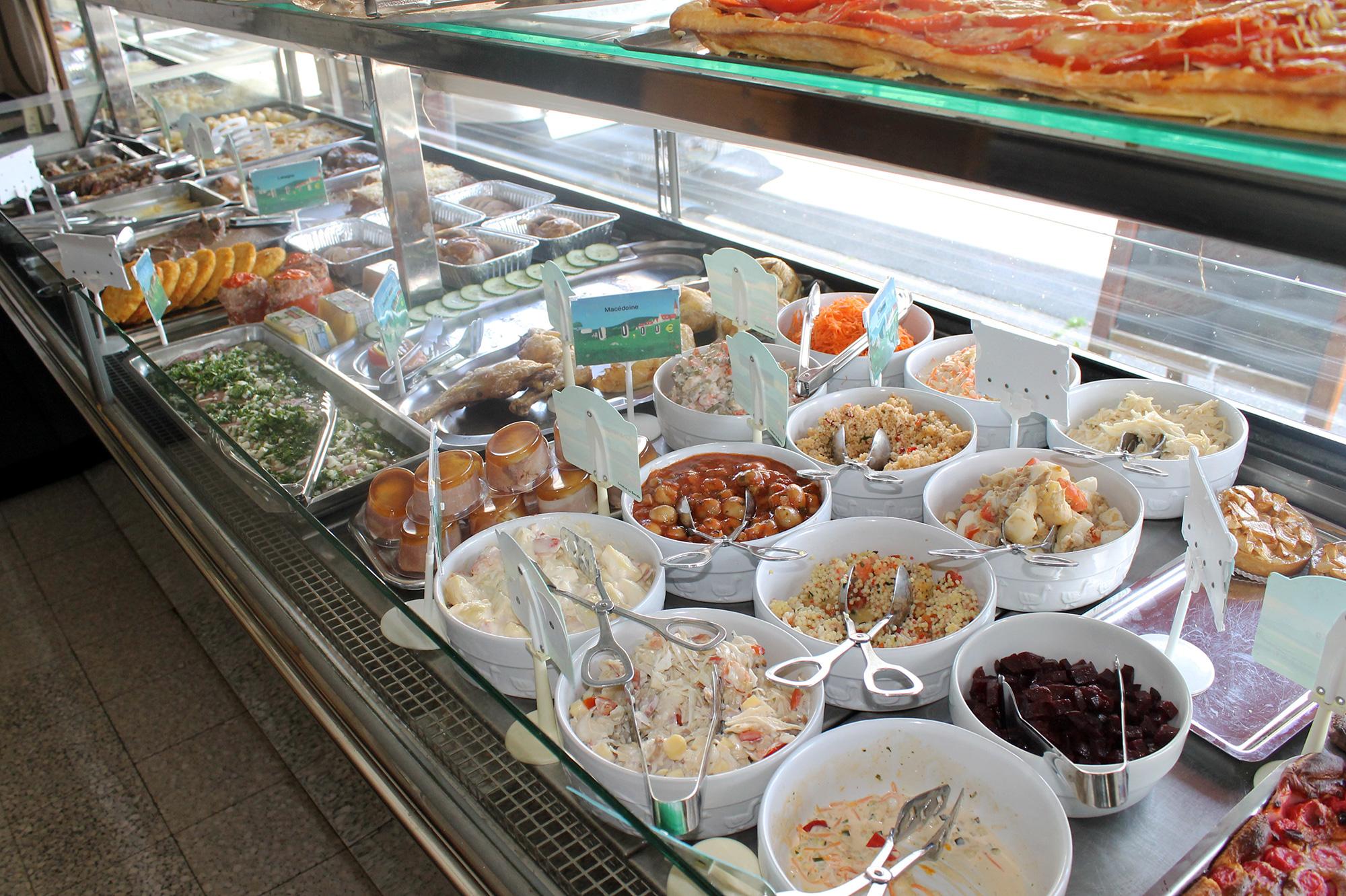 Vitrine-Plats-prepares-salades-entree-crudites-Didier-Plat-Hirson-Aisne